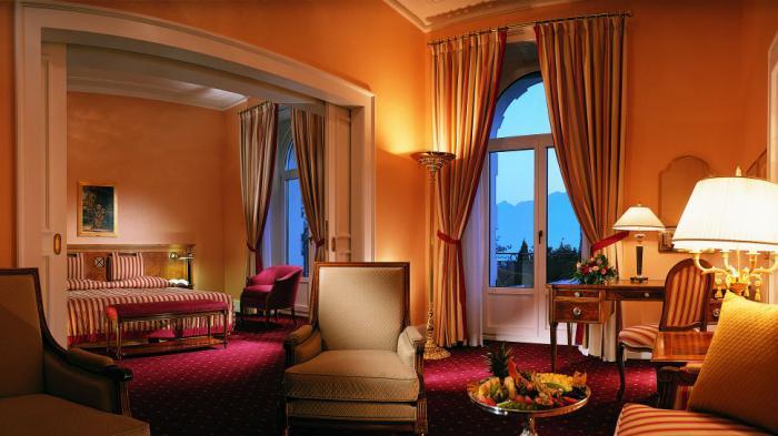 salon-marocain-moderne-et-chambre-à-coucher-joli-intérieur