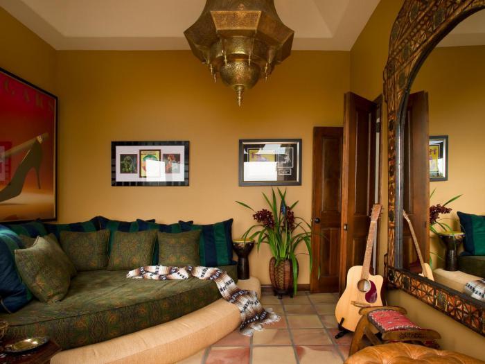 salon-marocain-moderne-intérieur-stupéfiant-aménagement-à-thème-marocain
