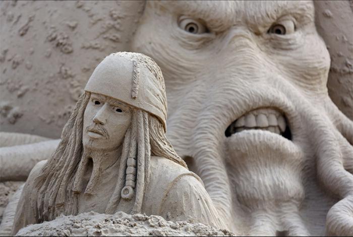 sculpture-de-sable-à-thème-Jack-Sparrow