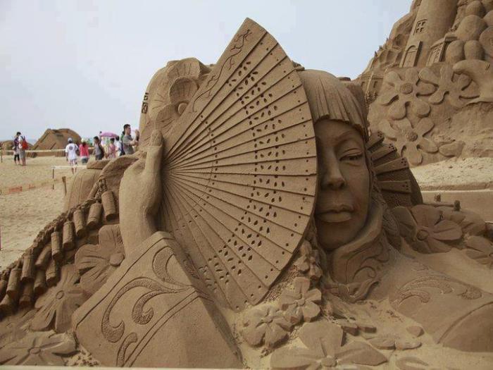 sculpture-de-sable-art-avec-du-sable