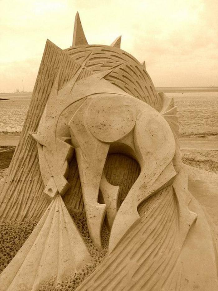 sculpture-de-sable-cheval-magique