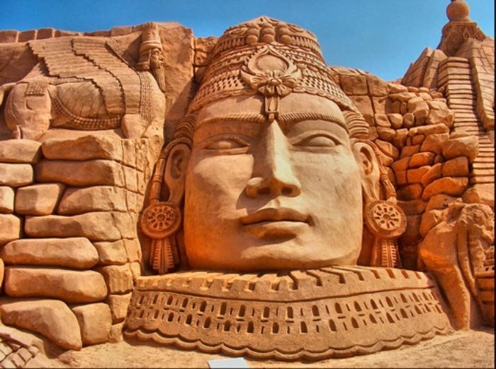 sculpture-de-sable-figures-inspirants-en-sable