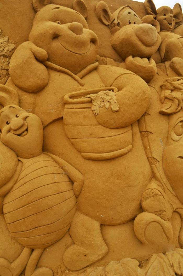 sculpture-de-sable-le-monde-des-animations