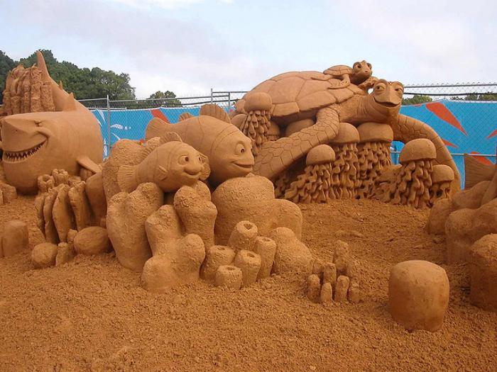 sculpture-de-sable-les-animaux-de-la-barrière-de-corail