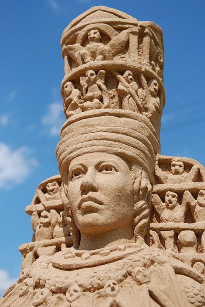 sculpture-de-sable-un-des-pharaones