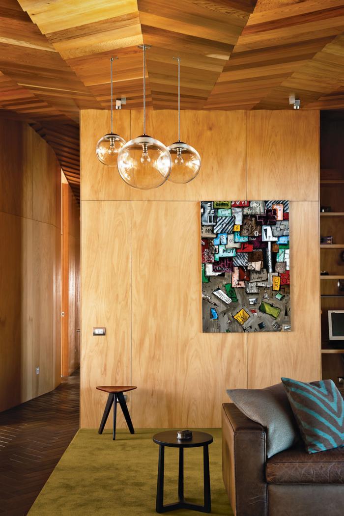 suspension-en-verre-demeure-moderne-en-bois