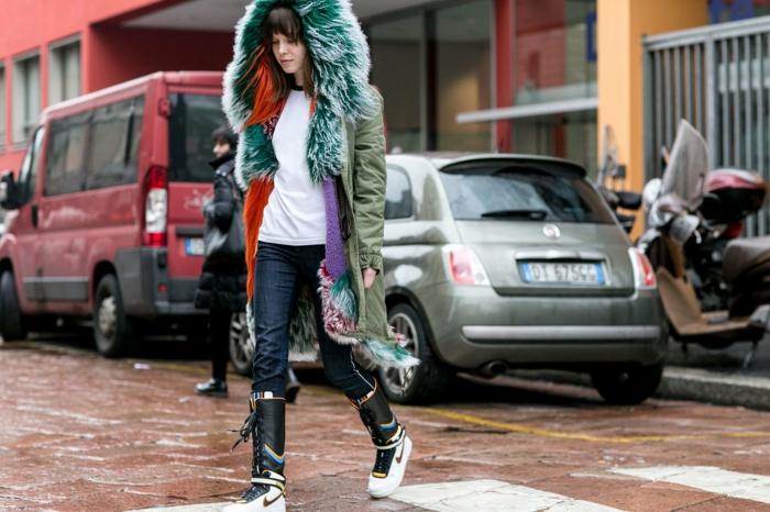 tendance-mode-automne-hiver-2015-veste-simili-cuir-pelouche-baskets-excentrique-resized