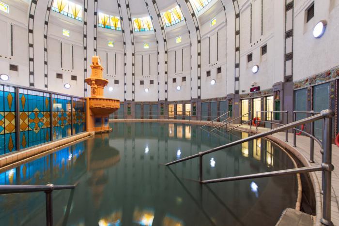 thermes-de-spa-bassin-architecture-inspiratrice