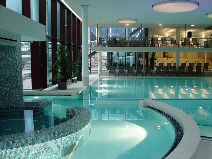 Thermes de spa contemporains eaux curatives et jolie for Thermes spa