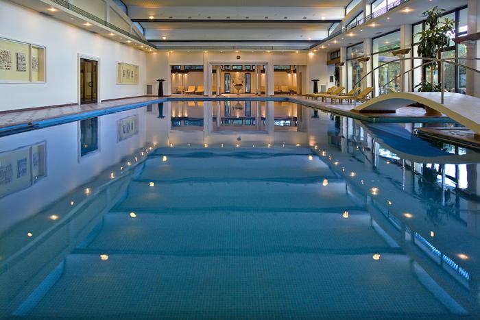 thermes-de-spa-hôtel-de-spa-et-de-ralax-avec-eaux-thermales