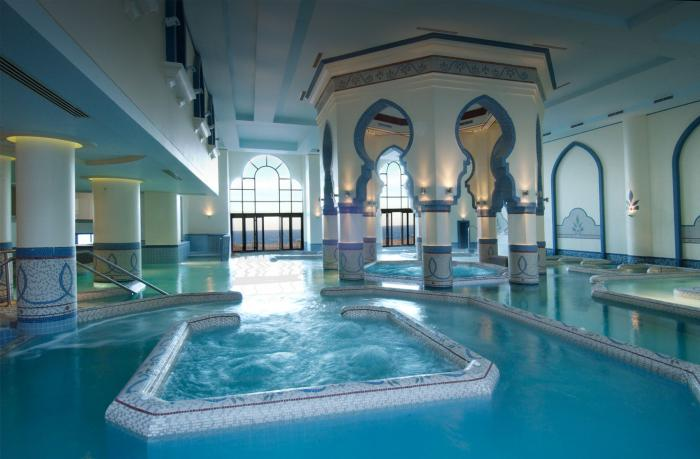 thermes-de-spa-jolie-architecture-et-eau-curative