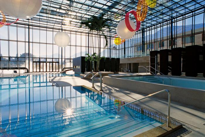 .thermes-de-spa-piscine-thermale-bains-thermaux