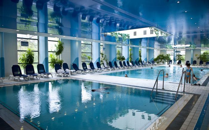 thermes-de-spa-piscines-d'intérieur-de-lixe