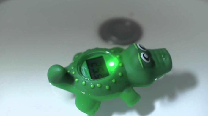 thermometre-hygrometre-chambre-bébé-crocodile
