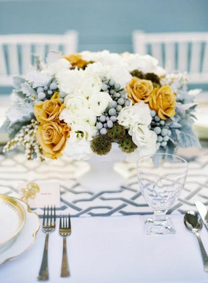 un-joli-bouquet-de-fleurs-pour-bien-decorer-la-table-gros-bouquet-de-fleurs-pour-deorer-la-table