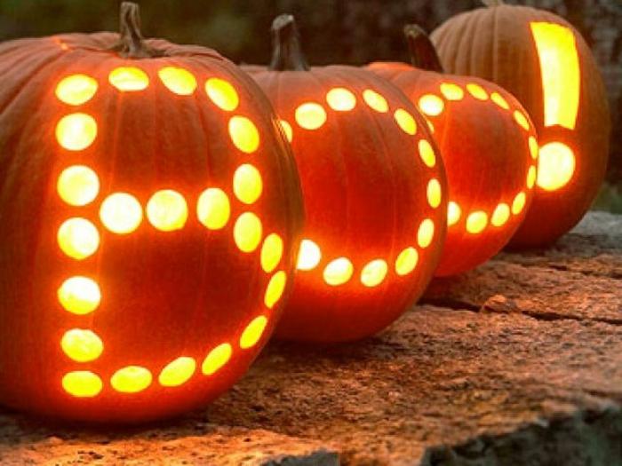 une-citrouille-halloween-dessin-modele-citrouille-halloween-boo