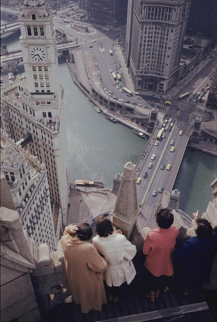 une-vue-de-chicago-les-plus-hauts-gratte-ciel-du-monde-residentiel-joli-batiment-mondial-vue-vers-la-ville-