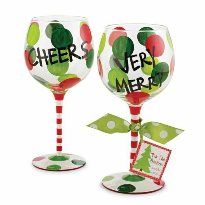 verre-tulipe-avec-une-originale-decoration-comment-decorer-une-verre-tulipe-vous-memes