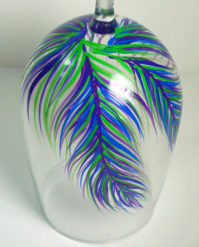 verres-à-vin-design-original-une-jolie-decoration-pour-votre-verre-a-vin-en-verre