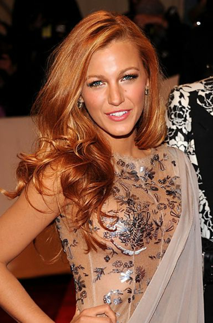 0-couleur-de-cheveux-comment-le-choisir-blond-cuivré-porte-par-les-stars-cheveux-blonds