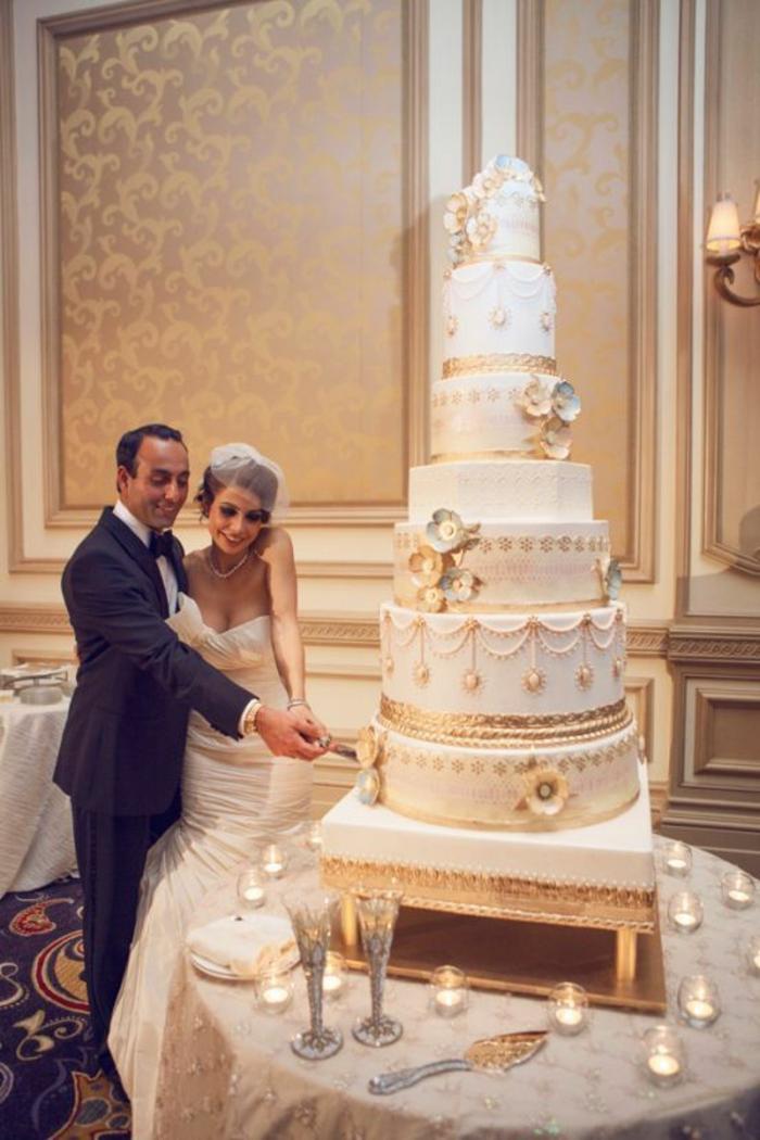 0-gateau-de-mariage-pièce-montée-blanche-le-plus-grand-gateau-mariage-gateau-original-pour-le-mariage