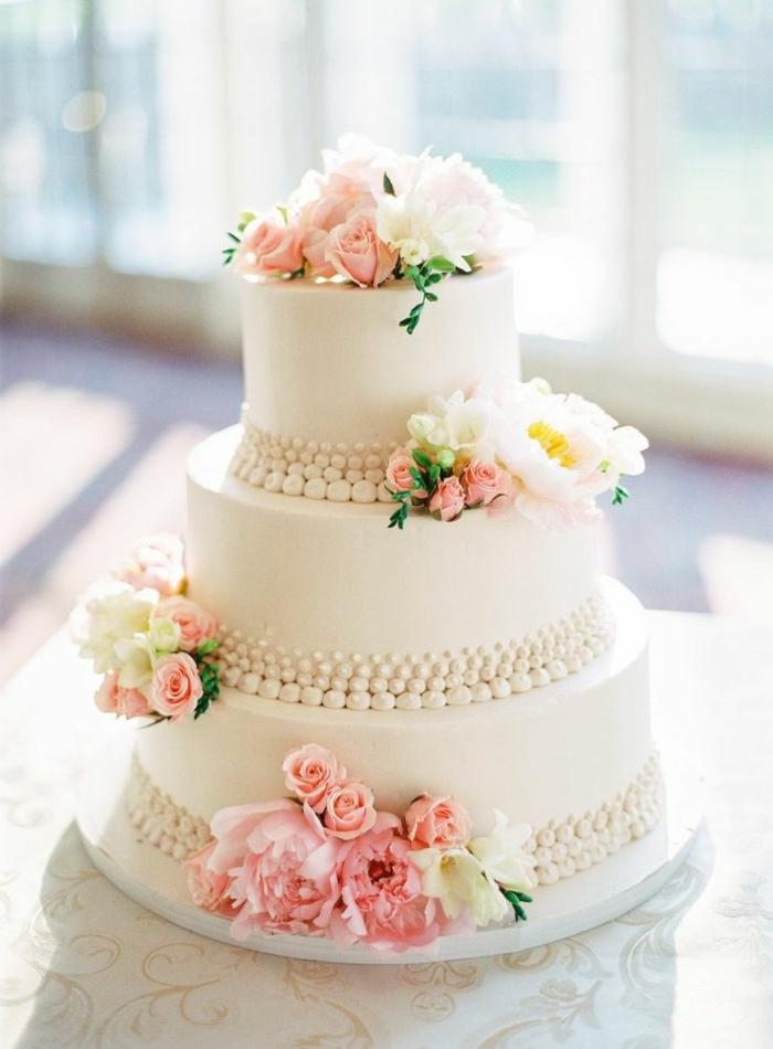 0-gateau-de-mariage-pièce-montée-coux-mariage-joli-design-de-gateau-de-mariage-pièce-montée-avec-decoration-en-fleurs