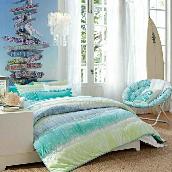 0-jolie-idee-pour-bien-amenager-la-deco-chambre-ado-fille-couverture-de-lit-bleu-ciel