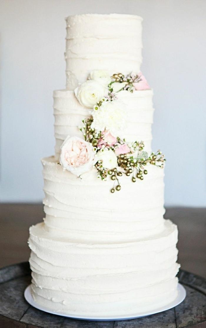 0-le-meilleur-gâteau-de-mariage-pièce-montée-coux-mariage-avec-decoration-fleurs
