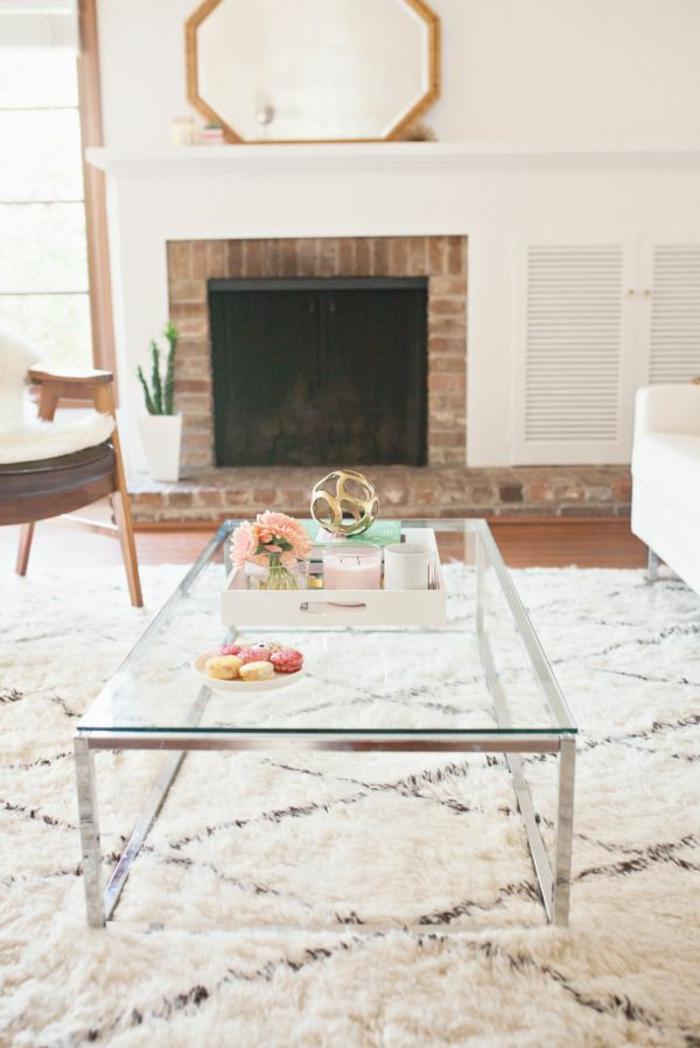 0-le-meilleure-table-de-salon-en-verre-pour-le-salon-moderne-avec-tapis-blanc-et-cheminee