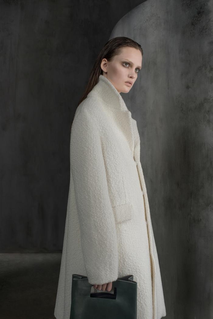 0-les-dernieres-tendances-chez-le-manteau-d-hiver-blanc-pour-les-femmes-moderne