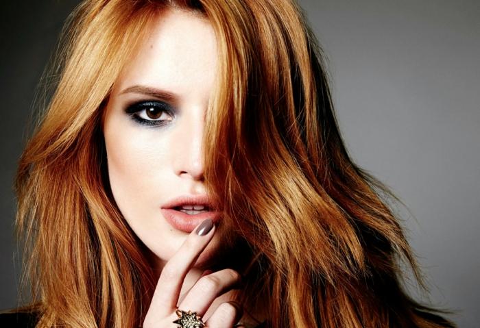 1-blond-venitien-meche-blond-femmes-cheveux-tendances-dernieres-dans-la-coloration