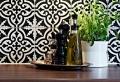 Vous cherchez des idées pour un carrelage noir et blanc? On vous les présente en 45 photos!