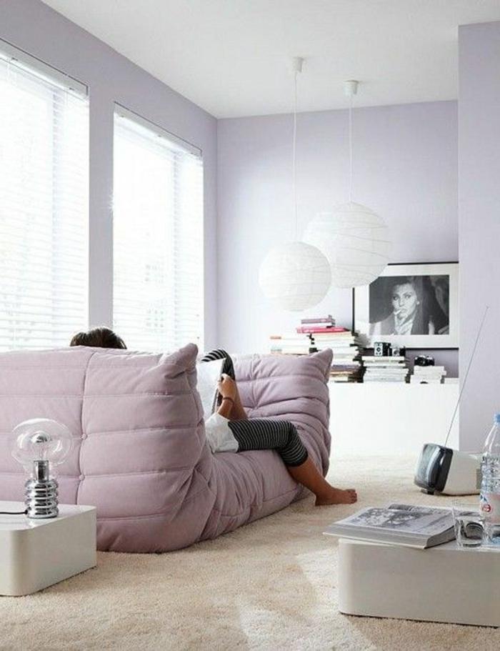 1-chauffeuses-bultex-rose-pale-pour-avoir-le-plus-moderne-salon-avec-murs-en-violette-clair