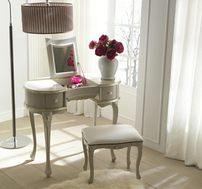 1-coiffeuse-conforama-en-bois-beige-et-fleurs-violettes-lampe-de-salon-beige