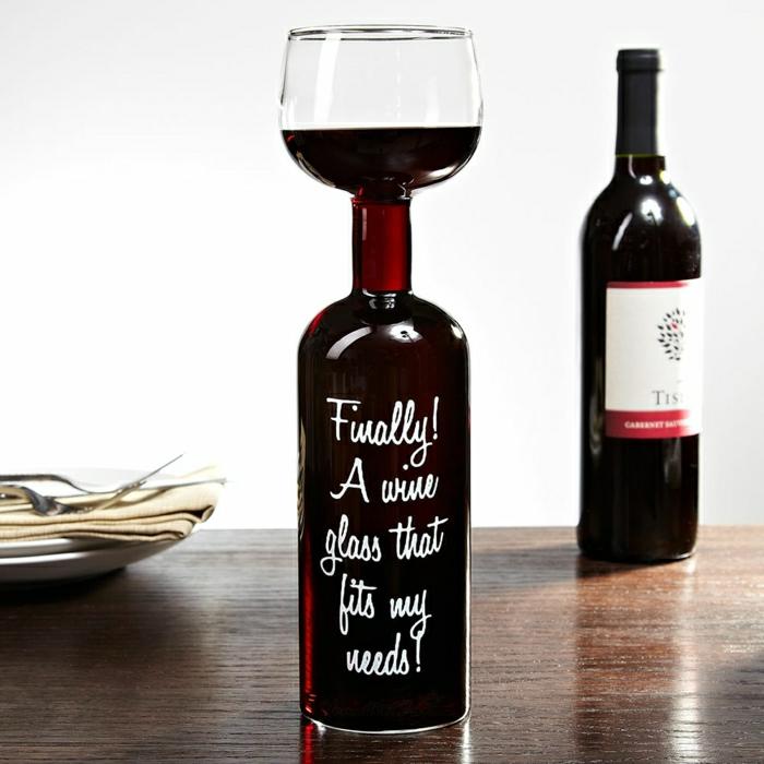 1-etiquette-personnalisée-bouteille-de-vin-etiquette-bouteille-de-vin-originale-idee
