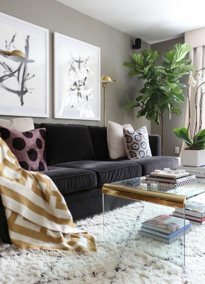 1-joli-et-contemporain-salon-avec-canape-noir-table-basse-ikea-table-de-salon-en-verre-dans-le-salon-moderne