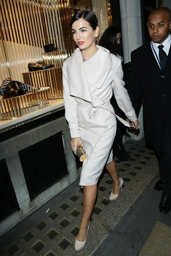 1-joli-et-elegant-manteau-d-hiver-blanc-manteau-cintré-femme-manteau-officier-femme-long