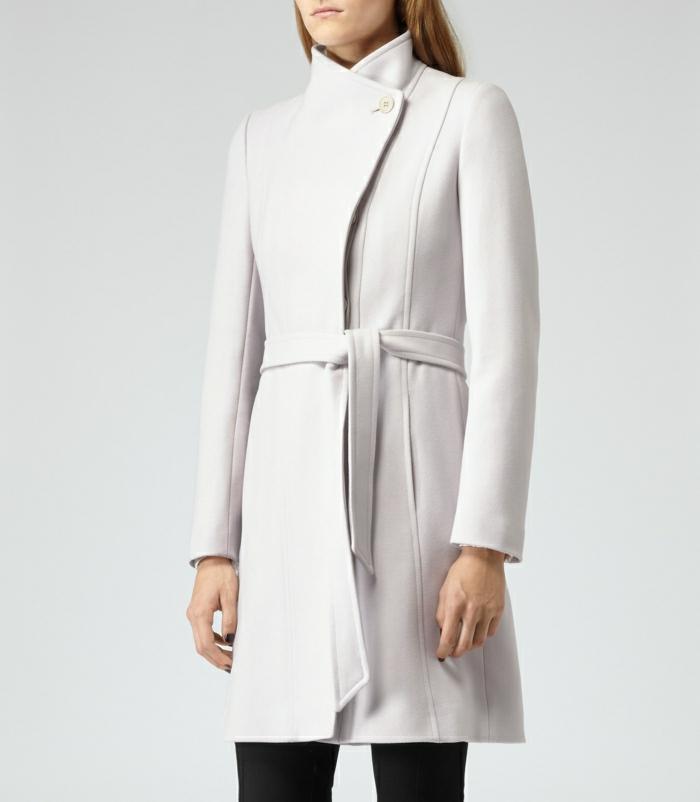 1-joli-et-elegant-manteau-d-hiver-blanc-pour-les-femmes-modernes-qui-aiment-la-mode