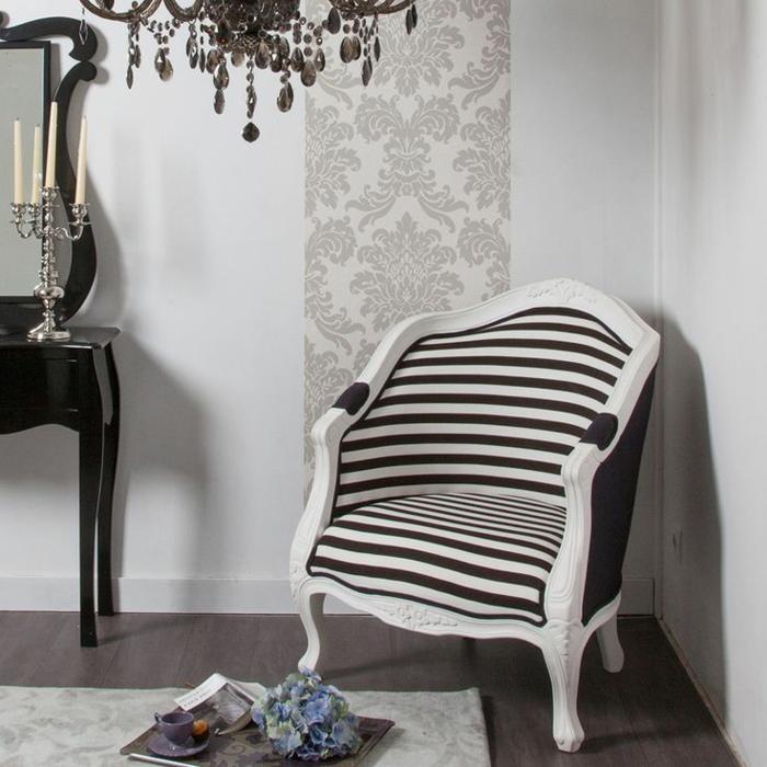 1-joli-fauteuil-cabriolet-conforama-a-rayures-blanches-et-noires-comment-decorer-le-salon