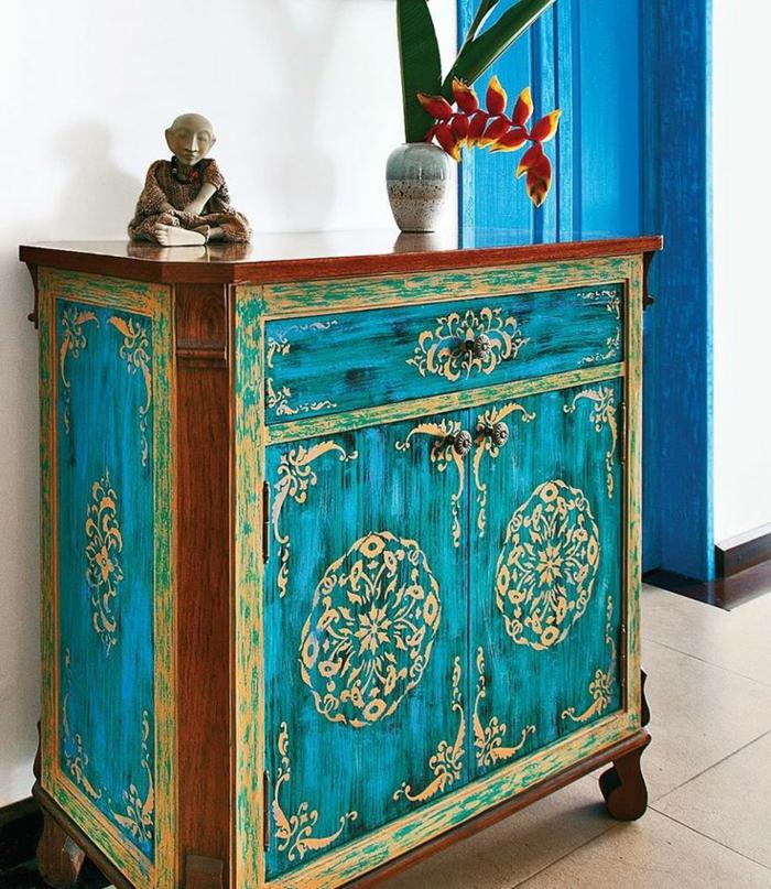 1-joli-meubles-patines-relooker-un-meuble-en-bois-comment-repeindre-un-meuble-en-bois