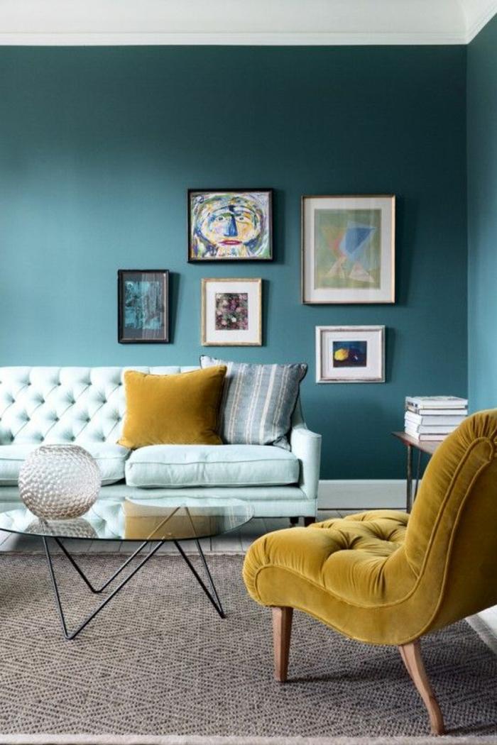 1-joli-table-basse-ikea-conforama-table-basse-pour-le-salon-avec-murs-bleus-coussins-decoratifs