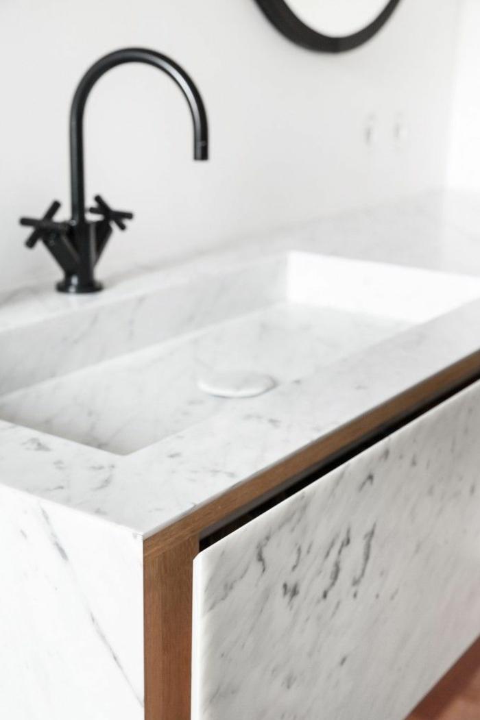 Tapis Baignoire Antidérapant Design : Beaucoup d idées en photos pour la salle de bain marbre