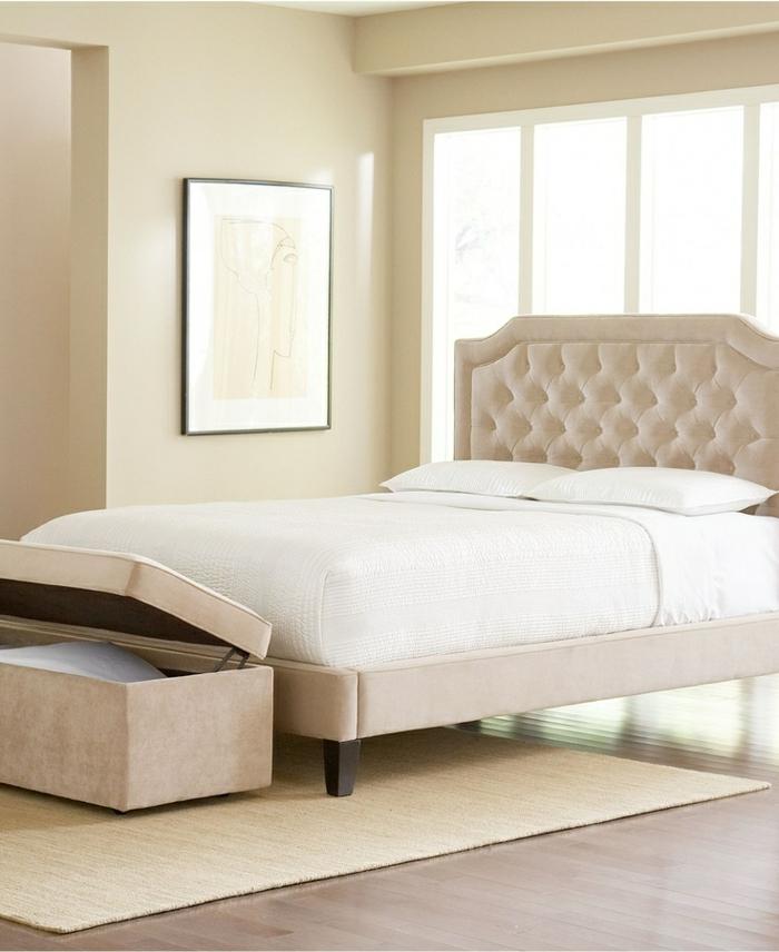 Chambre mur beige id es de d coration et de mobilier for Chambre blanc beige
