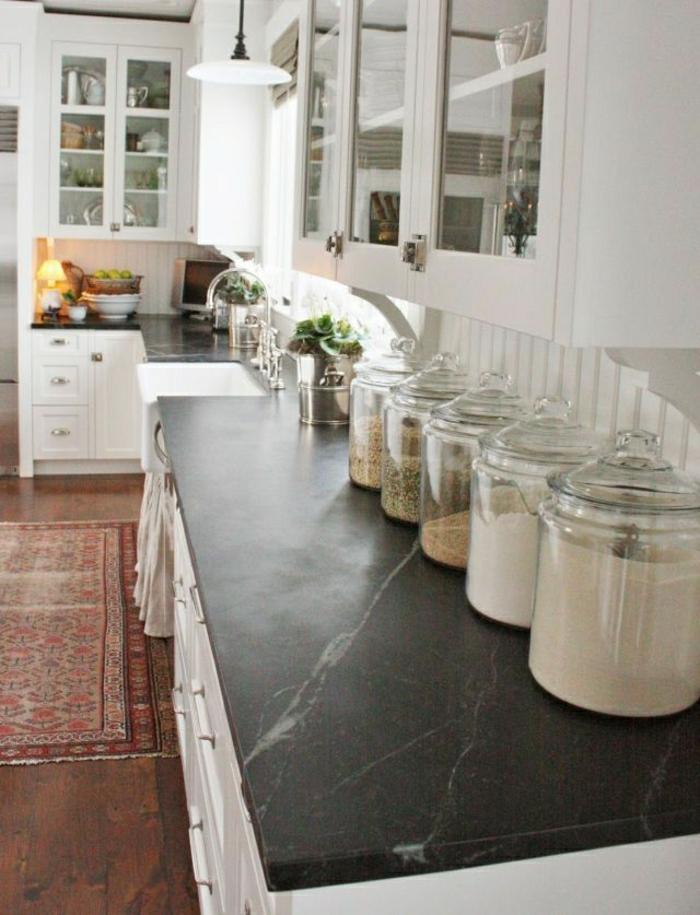 Les bocaux en verre sont un vrai hit pour la cuisine - Tableau en verre pour cuisine ...