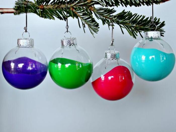 1-jolie-decoration-avec-boules-de-noel-a-decorer-boule-de-Noël-pour-le-sapin-vert