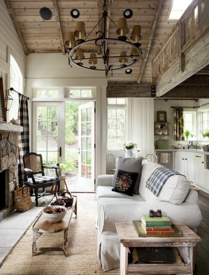 1-jolie-maison-familiale-et-rurale-constructeur-maison-familiale-plafond-en-planchers-en-bois-clair