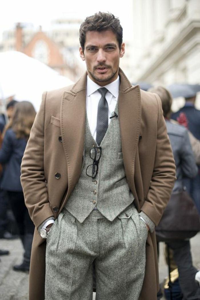 1-manteau-camel-homme-manteau-homme-celio-beige-avec-chemise-blanche-pantalon-gris