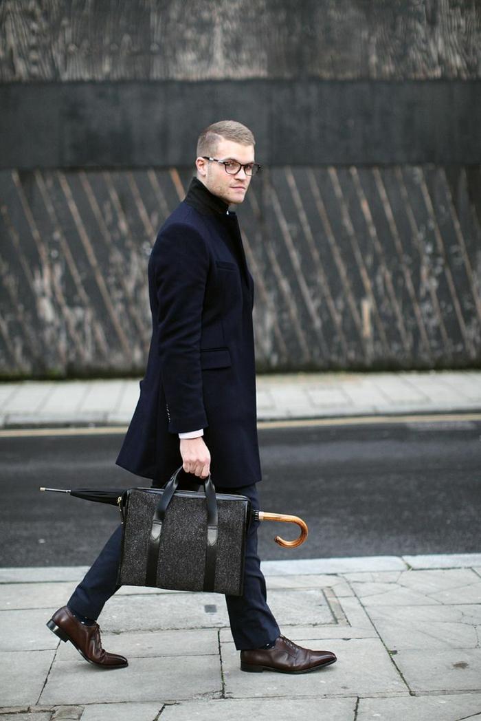 1-manteau-homme-celio-noir-pour-les-hommes-modernes-avec-lunettes-de-vue-noir