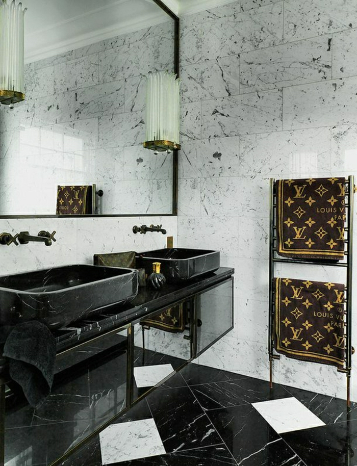 Beaucoup d 39 id es en photos pour la salle de bain en marbre for Astrid veillon la salle de bain