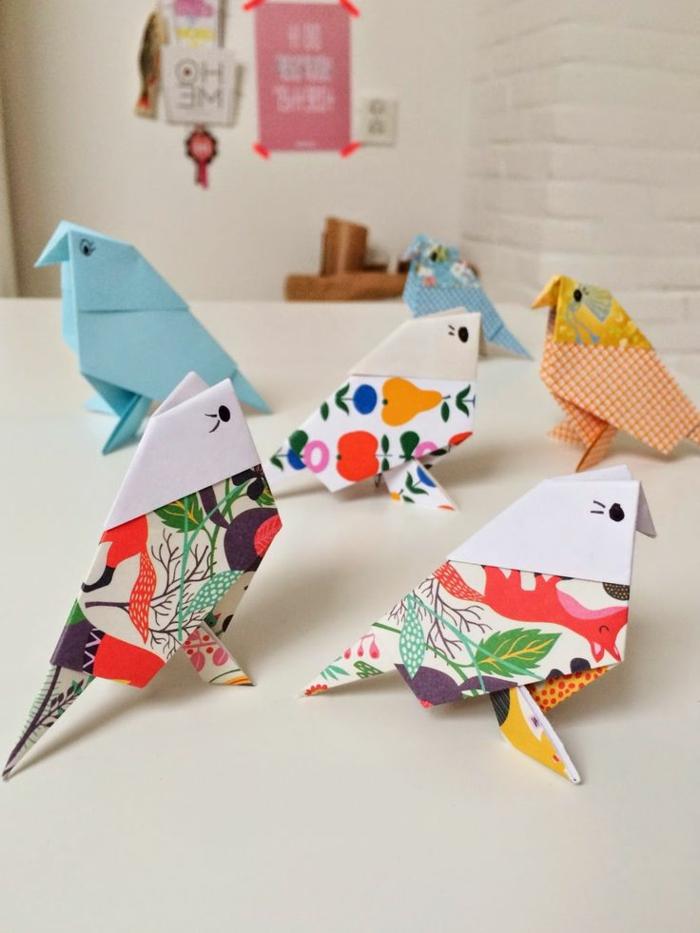 1-pliage-origami-facile-origami-oiseau-coloré-comment-creer-les-meilleures-formes-en-papier